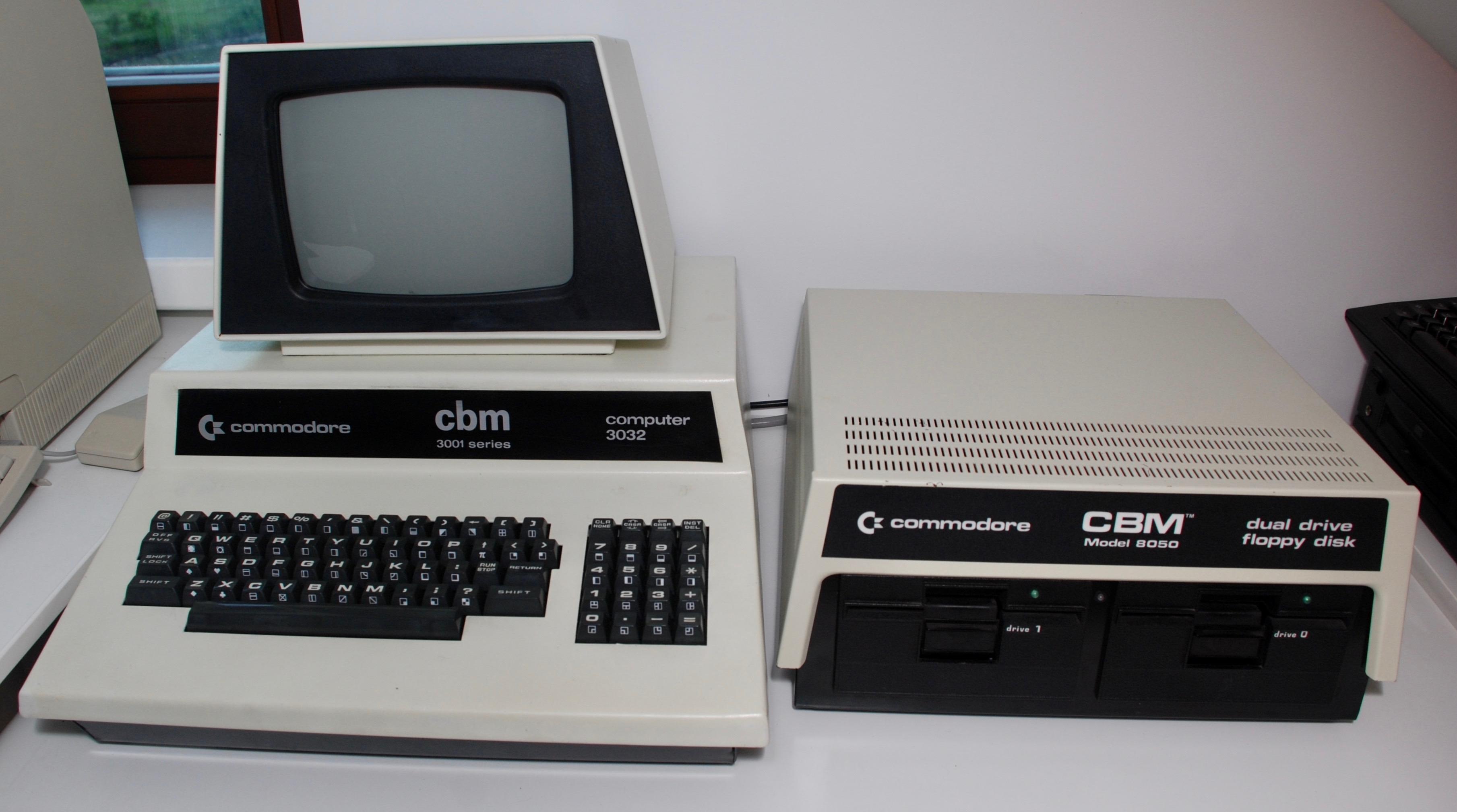 Commodore PET 8050 FDD – Old Crap Vintage Computing